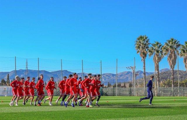 Los futbolistas de XXIV Sesiones AFE se concentran en Oliva hasta el 24 de enero
