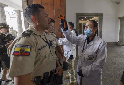 Coronavirus.- Ecuador suma cuatro casos de nueva cepa de COVID-19 y preocupa el colapso sanitario de algunas regiones