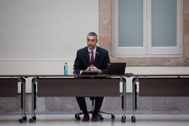 El conseller d'Acció Exterior de la Generalitat, Bernat Solé, durant una reunió de la taula de partits catalans sobre les eleccions. Barcelona, Catalunya (Espanya), 4 de desembre del 2020.