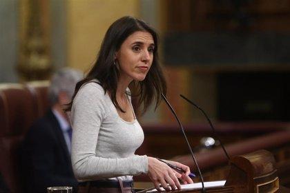 """Irene Montero se defiende de las críticas del PP y dice que llegarán """"hasta el final"""" para reformar el mercado eléctrico"""