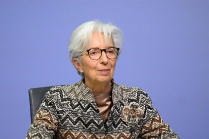 Lagarde advierte de que la vacunación y el fondo europeo marcarán la evolución económica