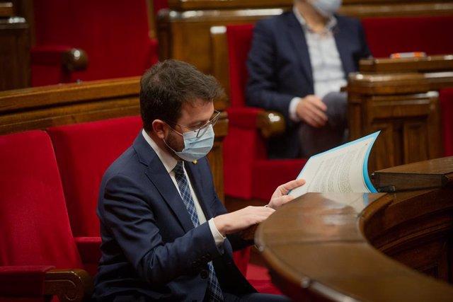 El vicepresident del Govern en funcions de president i candidat d'ERC a les eleccions, Pere Aragonès, durant la Diputació Permanent del Parlament. Catalunya, (Espanya), 13 de gener del 2021.