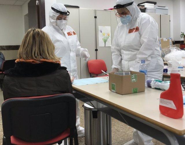 Prova d'antígens per detectar la covid-19 al Campus Bellesguard