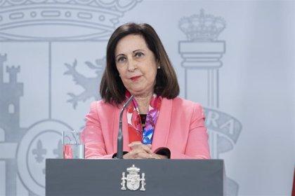 """Robles insta a la Vicepresidencia de Iglesias a """"no perder el tiempo"""" y trabajar en lo que importa, como residencias"""