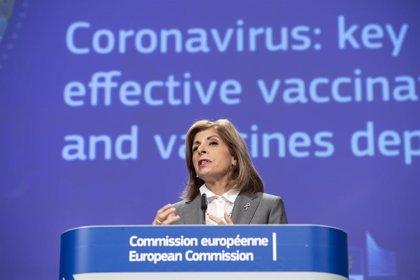 Bruselas pide un esfuerzo a los países para acelerar las campañas de vacunación