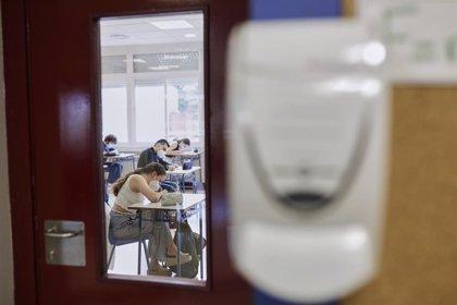 El uso de mascarillas, distanciamiento y test Covid puede evitar el 96% de las infecciones en las universidades