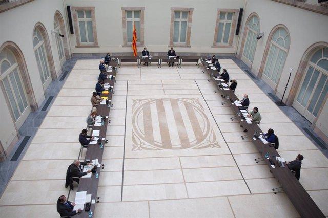 Taula de partits catalans al Parlament per abordar l'organització de les eleccions del 14 de febrer.