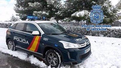 Cs pregunta por los protocolos para detectar Covid en la llegada de inmigrantes tras la muerte de un policía en Málaga