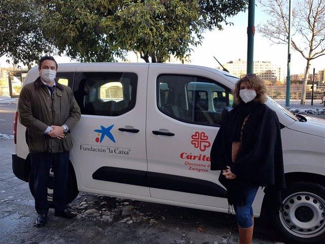 Fundación 'la Caixa' y CaixaBank colaboran con Cáritas Zaragoza en la adquisición de una furgoneta.
