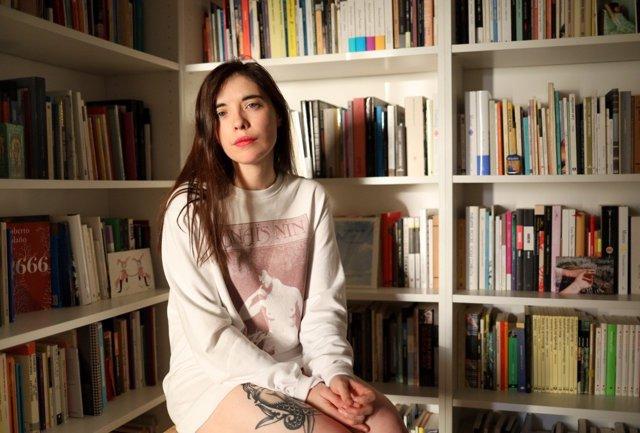 La escritora Luna Miguel