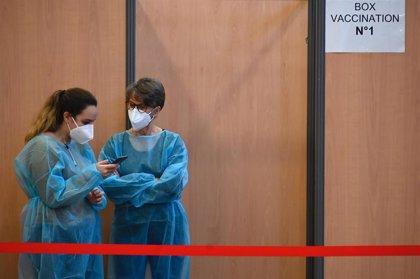 Francia suma 23.852 casos de coronavirus con más de 247.000 personas vacunadas