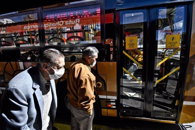 Autobús en La Paz, Bolivia.