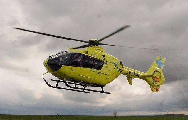 Imagen de archivo de un helicóptero medicalizado