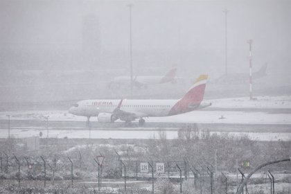"""El sindicato de pilotos Sepla exige explicaciones por el """"caos"""" en Barajas ante el temporal"""