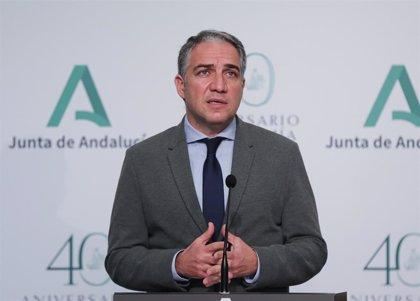 """Andalucía reprocha al Gobierno que deje """"tiradas"""" a las comunidades ante una tercera ola """"más agresiva y explosiva"""""""