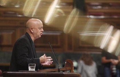 """Elorza (PSOE) ve """"inmoral"""" pagar ayudantes a Juan Carlos I pero cree debe investigarle la justicia, no el Congreso"""