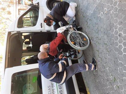 Regresan los primeros 47 residentes al centro de mayores incendiado en Sevilla vacunados contra el Covid
