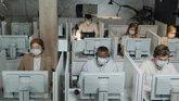 Foto: Experta recuerda que las empresas deben ofrecer a sus trabajadores la posibilidad de vacunarse frente a la Covid-19