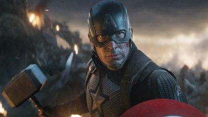 Chris Evans negocia con Marvel para regresar como Capitán América