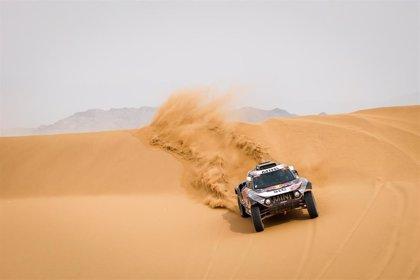 Peterhansel y Benavides se proclaman vencedores del Dakar