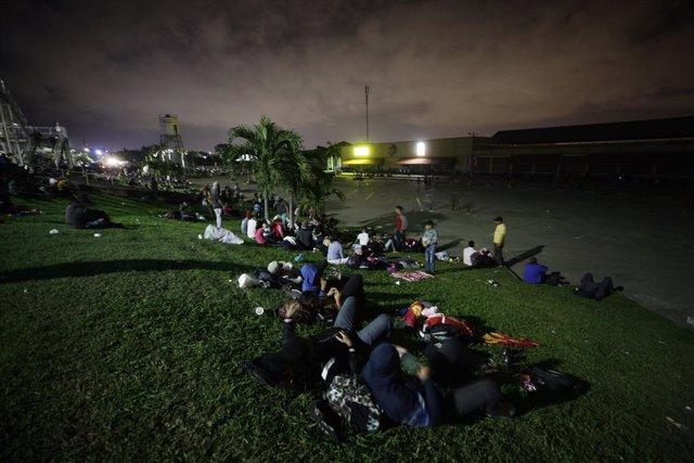 Preparación para una 'caravana' migratoria en San Pedro Sula