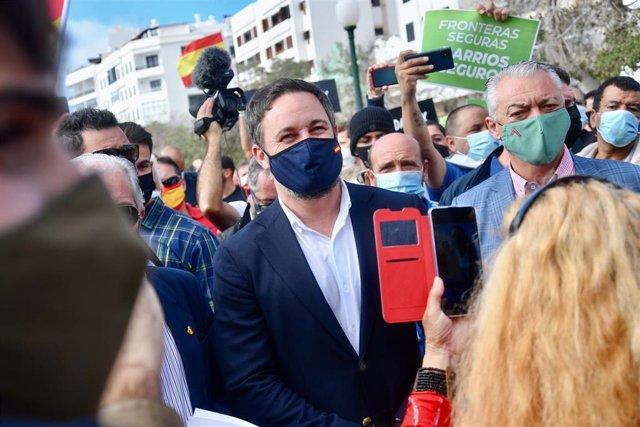 El presidente de Vox, Santiago Abascal, en una concentración en Arrecife, Lanzarote, el 5 de diciembre de 2020