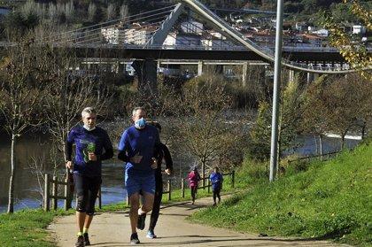 Galicia detecta otros 1.000 casos en un día que deja el número de ingresados al borde de los 600, 90 en UCI