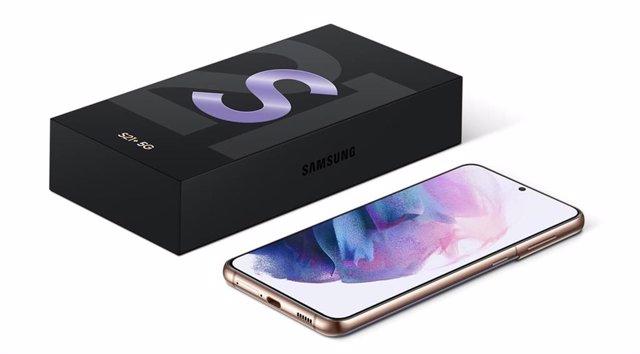 Galaxy S21+ con la caja
