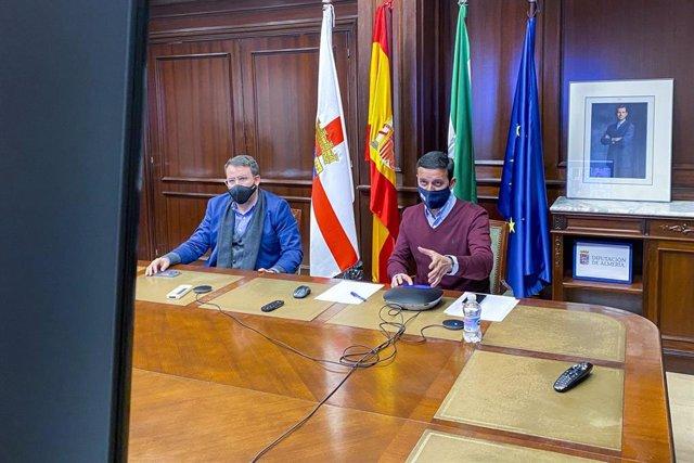 Reunión de coordinación entre áreas presidida por Javier Aureliano García