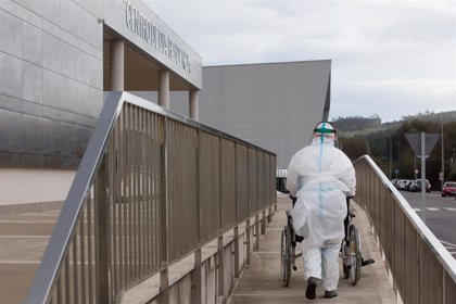 Los usuarios contagiados en residencias gallegas repuntan de nuevo hasta los 345