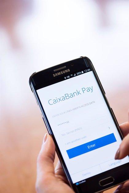 CaixaBank supera en Andalucía el medio millón de clientes usuarios de Bizum y crece un 204% interanual
