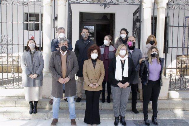 La presidenta de la Diputación, María Eugenia Limón, visita el Consistorio de Almonte.