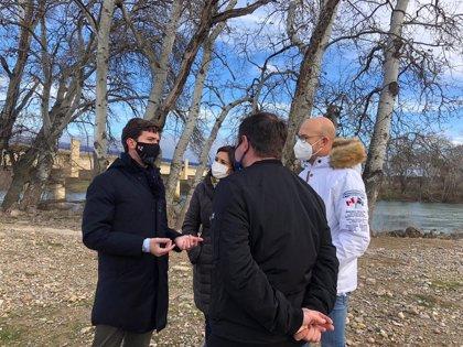 Celma (PP) reitera la urgencia de que el Gobierno de Aragón limpie el cauce del río Ebro y drague zonas concretas