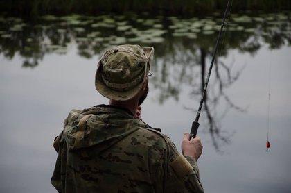 La nueva temporada de pesca continental solo permite dos salmones por pescador