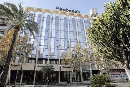 Un total de 1.817 empleados habrá salido de Banco Sabadell el próximo 31 de marzo