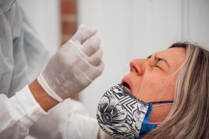 Extremadura reduce sus contagios diarios hasta los 1.205 mientras los hospitalizados superan los 500
