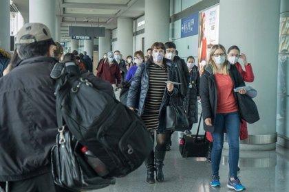 El Comité de Emergencias de la OMS rechaza un pasaporte de vacunados de COVID-19 para poder viajar