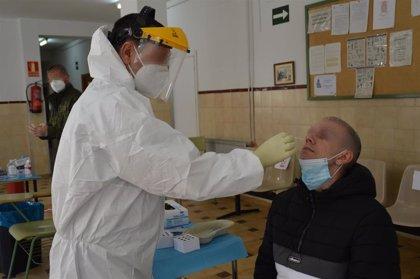 La incidencia acumulada de coronavirus en Extremadura llega este viernes a los 1.220 casos a los 14 días