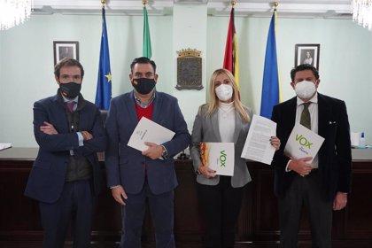 Un juez abre diligencias por una denuncia de Vox al alcalde de San Juan (Sevilla) por la moneda 'Ossetana'