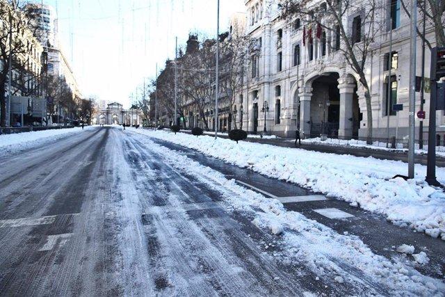 Calle Alcalá en Madrid tras el paso de Filomena.