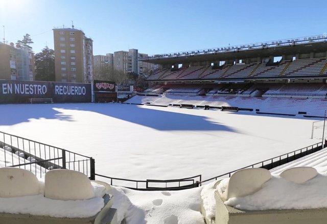 Estadio de Vallecas nevado tras el paso de la borrasca Filomena
