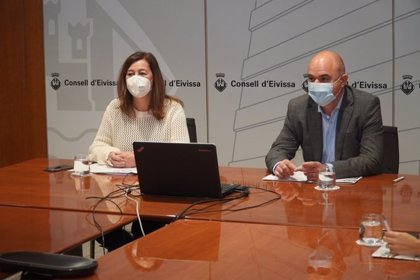 """Armengol dice que la situación sanitaria en Ibiza es de """"riesgo extremo"""", con incidencia de más de 1.200 casos"""