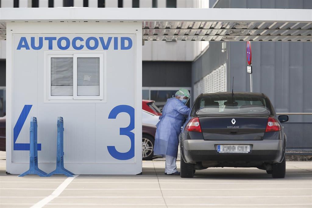 Coronavirus.- Salud confirma 356 nuevos casos de COVID-19 en Asturias