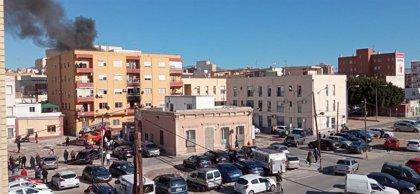 Mueren los dos atrapados en el incendio de un piso en el Barrio Alto de Almería