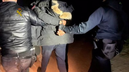 Sucesos.- Detenidas cinco personas como presuntos colaboradores del sospechoso de arrojar ácido a dos jóvenes