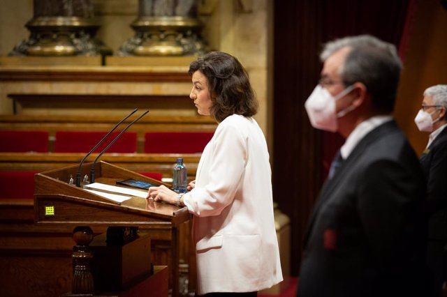 La diputada del PSC Eva Granados, en la tribuna del Parlament de Catalunya.