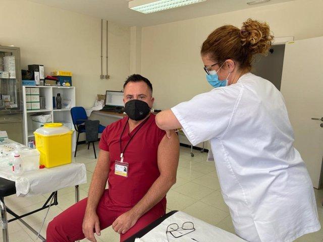 Vacunación contra el coronavirus en Canarias