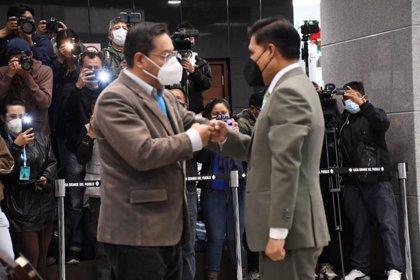 Jeyson Auza, nuevo ministro de Sanidad de Bolivia tras la renuncia de su predecesor por COVID-19