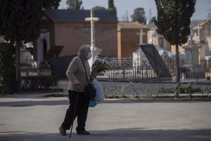 Andalucía permitirá más de cuatro personas en los entierros y velatorios