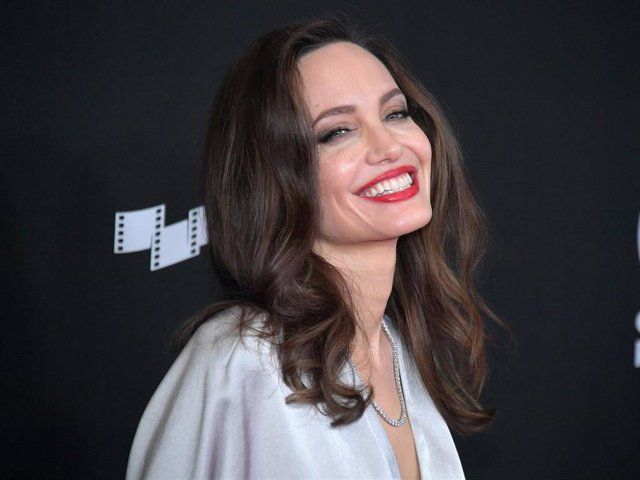 Honoree Angelina Jolie attends the 21st Annual Hollywood Film Awards at The Beverly Hilton Hotel on November 5, 2017 in Beverly Hills, California.